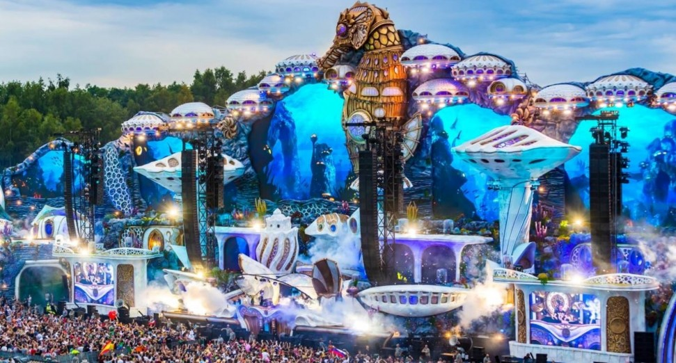 You can now rewatch every set from Tomorrowland's virtual festival